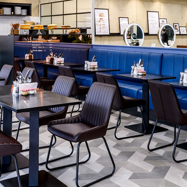 Cafe 67